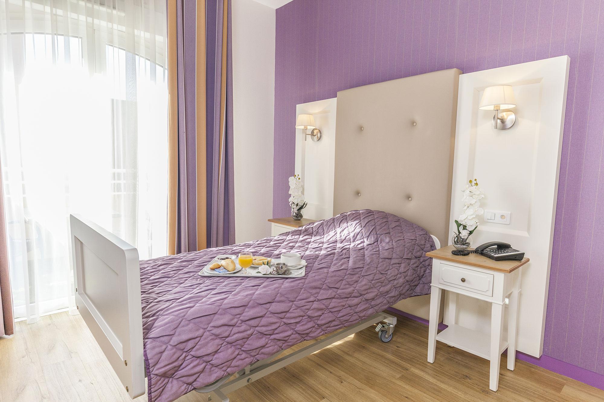 Medifar - Residence Lyna - La Colle sur Loup - Chambre